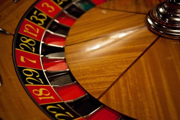 roulette wheel casino gambling win money